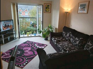 Nigh to Manchester City Centre/Arena/Victoria/Secure Parking