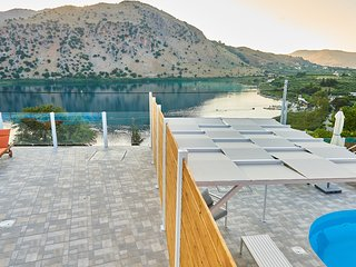 Gorgeous Lake Kournas Villa★Brand New Private Pool