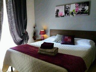 Ground floor Luxury and cosy apartment WIFI free.