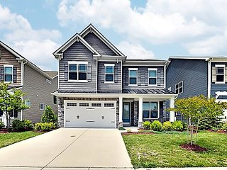 Expansive New-Build w/ 3 Living Areas & Chef's Kitchen - Near Boat Launch