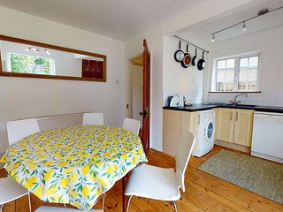Cozy 2BR holiday home in Eynsham