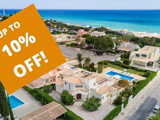 UP TO 10% OFF! FIGUEIRAS Villa w/ pool,sea view,games room,AC,WiFi,150m to beach