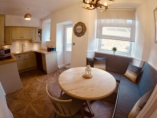 Woodland Cottage - A cosy, pet friendly cottage in the heart of Windermere