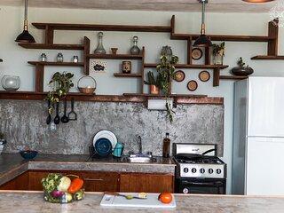 La cocina es el alma del lugar, un lugar amplio y con mucho estilo para prepararte lo que te gusta.