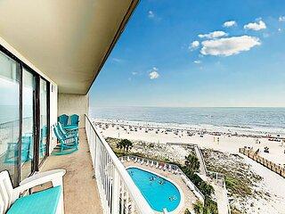 Chic Gulf-View Beach Condo w/ 2 Pools
