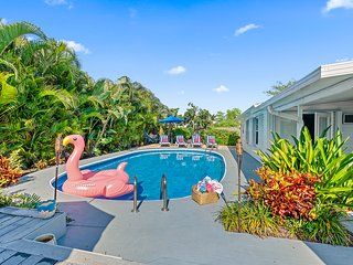 VILLA TROPICANA BY DIGSIFY | HEATED POOL | BBQ | BEACH | MALL | WATER PARK | PGA
