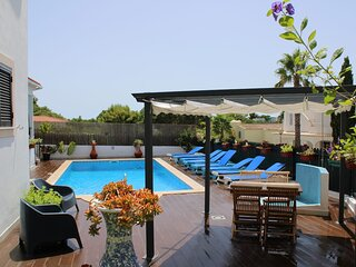 500 meters to the Sandy Beach! Private Spacious Villa. Brand New Pool. Sea View.