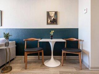 Abode | Vue at 3rd | 1-Bedroom Loft Style Suite