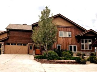 3 Master Suites in the Heart of Pagosa Springs!