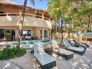 Moonstar - Beautiful 5 bedroom Soliman Bay Villa Rental