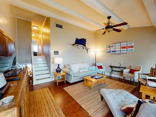 New listing! Bright harbor-facing condo w/ beach access & spacious private deck!