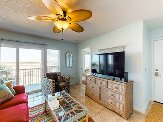 New listing! Stunning condo w/ shared pool, private balcony & beach access!