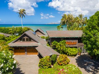 Oceanfront Estate w/Private Pool, Close to Dining, Shops, Golf: Maunalua Sunset