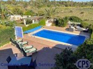 Superb 3 bed Villa pool/beachside Punta Prima PP22, vacation rental in Torrevieja