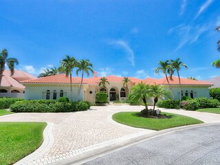 House In Bonita Bay 26131