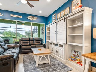 4 Bed Splash Pool Townhome Great Location
