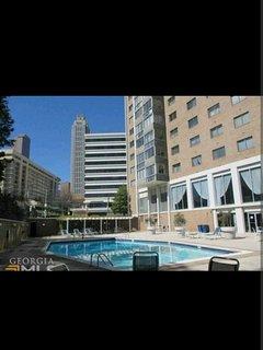 2 Bedroom 1 Bath Atlanta Downtown Condominium 1408