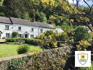 Melinda's Cottage, 5, Forest Gardens, Bucks Mills, North Devon, U.K., EX395DY