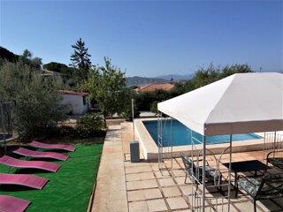 ⭐Beautiful 3 Bed Villa  ⭐Private Pool ⭐Garden⭐ Children´s Play Area ⭐ Sleeps 5/7