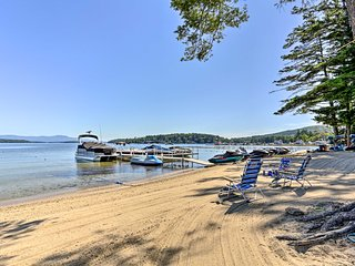 NEW! Lake Winnipesaukee Getaway w/ Private Beach!