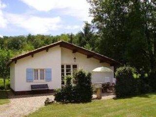 Gîte Le Fil de l'Eau à l'Étang des Mirandes, location de vacances à Montbron