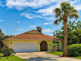 House in Naples Park 793