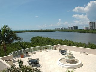 Baypointe in Naples Cay 402