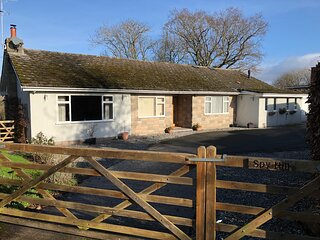 Quiet rural location. Beautifully presented 3 bedroom 3 bathroom bungalow.