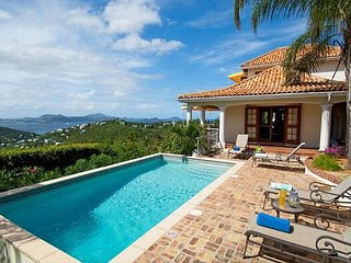 Vista Caribe: Sunset Views all Year! Full A/C! Amazing Pool!