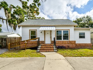 Clean 3 bedroom house near CityCenter downtown St Pete