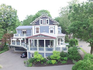 Beautiful B&B Convenient to Boston
