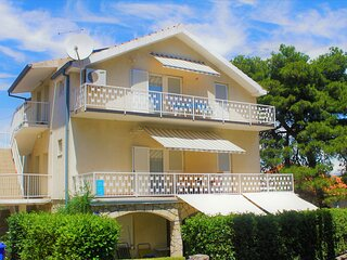 A-1 Great Location Large Terrace 200m To The Beach