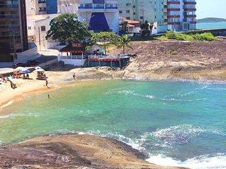 Apt em frente à Praia das Virtudes em Guarapari!
