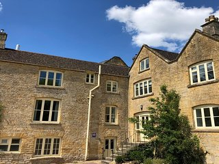 Spacious Cotswold Brewery Home in Gloucestershire