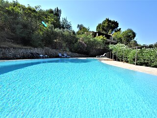 CAN RUPIT- Spectacular Villa next to Soller impressive mountain views.. - Free W