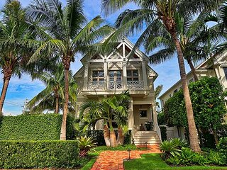 House in Olde Naples 72