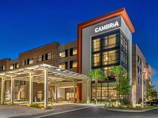 Cambria Charleston Riverview Hotel, Hotel Unit 3 Night Stay