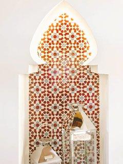 Detalle del Zellige artesanal de Marruecos
