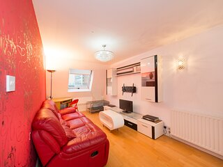 Beautiful West Ken One Bed Apartment