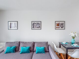 Tamblin Lodge - Bright, Modern, Fresh Apartment