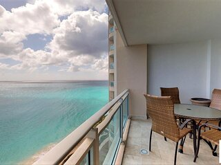 SHANGRI LA... spacious oceanfront condo at The Cliff in Cupecoy.