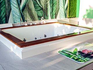 Appartamento Luxury con vasca idromassaggio 'ALTA MAREA'- Villa LaPerla Sul Mare
