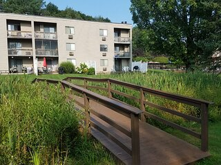 Village of Winnipesaukee 2BR Suite, SUNDAY Check-In