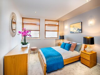 Stylish Central Reading Apartment With Free Parking
