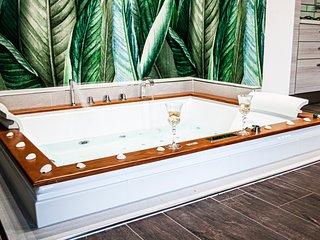 Suite con vasca idromassaggio 'BREZZA MARINA'- Villa La Perla Sul Mare