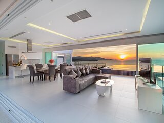 Luxury Sea View Pool Villa 'EF' ( 4 bedrooms )