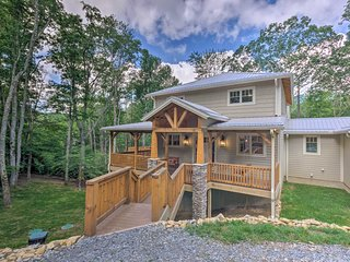 NEW! Mountain Luxury House w/ Game Room, Fire Pit!