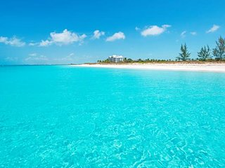 Just off the Beach, Relax at The Inn At Grace Bay!