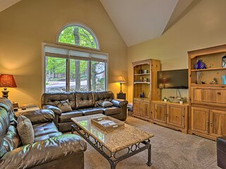 Luxe Family Home w/ Pool Access + Near Ski Lifts!