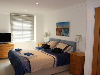 A Luxury Marinus Apartment